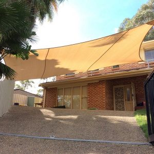 shade-sail-for-car-port-with-roof-brackts